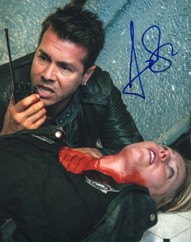 Jon Seda signed 8x10 Photo w/COA Chicago Fire Med P.D. Antonio Dawson