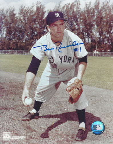 1960 WS MVP NY Yankees Bobby Richardson autographed 8x10 fielding  photo