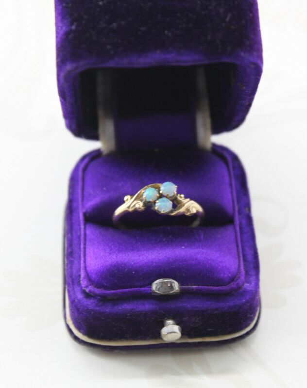 Antique Vintage Dainty 10K Yellow Gold Fire Opal Floral Ring, 3 Opals, Size 5