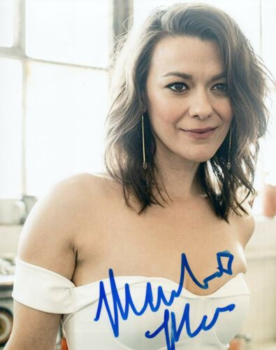 Maribeth Monroe Signed Autographed 8x10 Photo The Good Place Actress COA