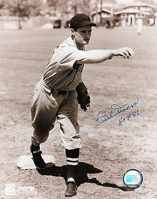 Boston Red Sox Hall of Fame BOBBY DOERR signed autographed 8x10 photograph #2