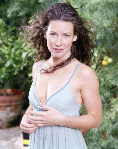 Evangeline Lilly 8x10 Celebrity Photo Picture Hot Sexy 32