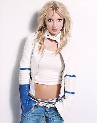 Britney Spears Unsigned 8x10 Photo (39)