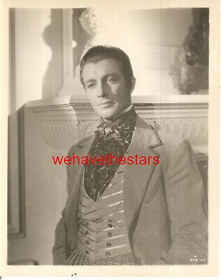 VINTAGE Robert Taylor QUITE HANDSOME '37 CAMILLE MGM Publicity Portrait