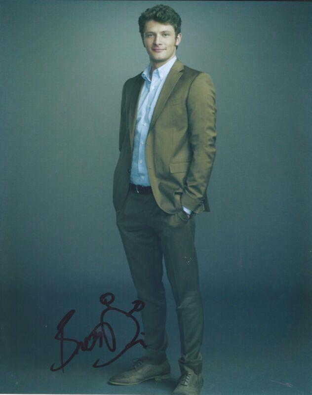 Brett Dier Signed Autographed 8x10 Photo Ravenswood Jane the Virgin #5
