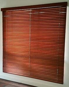Timber Venetian Blinds - VGCondition-Free Delivery-See Conditions Rosevale Ipswich South Preview