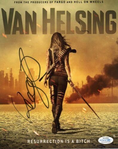 Kelly Overton Van Helsing Signed Autographed Signed 8x10 Photo ACOA 2020-1