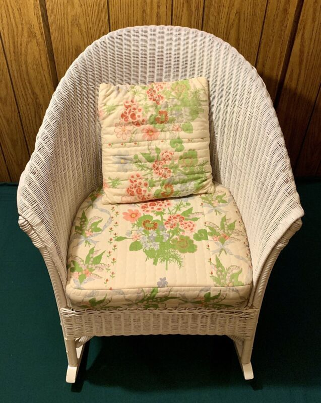 Vintage Rare Lloyd Loom White Indoor Outdoor Wicker Wood Rocking Chair & Pillow