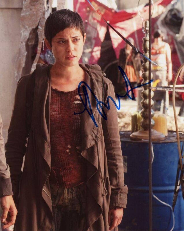 "Rosa Salazar ""Maze Runner: Scorch Trials"" AUTOGRAPH Signed 8x10 Photo C ACOA"