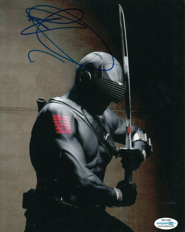 RAY PARK signed (G.I. JOE The Rise of Cobra) Movie 8x10 photo *Snake Eyes* ACOA