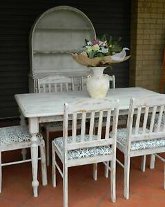 SHABBY CHIC 6 SEATER DINING AND WELSH DRESSING TABLE Dakabin Pine Rivers Area Preview