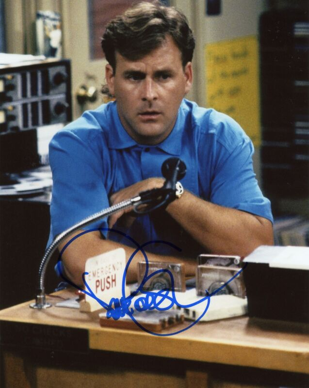 """Dave Coulier """"Full House"""" AUTOGRAPH Signed 8x10 Photo ACOA"""