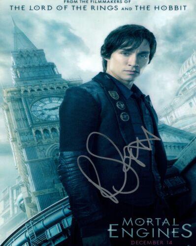 Robert Sheehan Signed 8x10 Photo The Umbrella Academy Mortal Engines COA