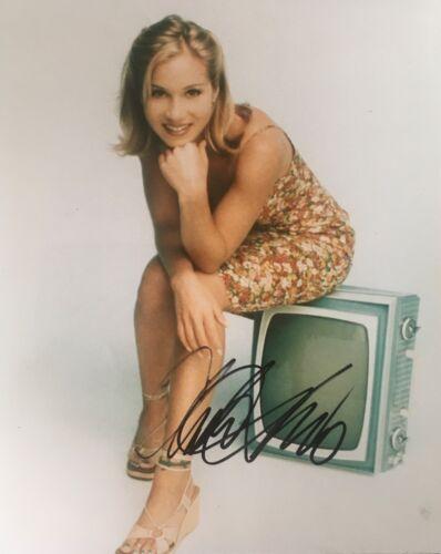 Christina Applegate Signed 10x8 Photo Image D UACC Registered dealer COA
