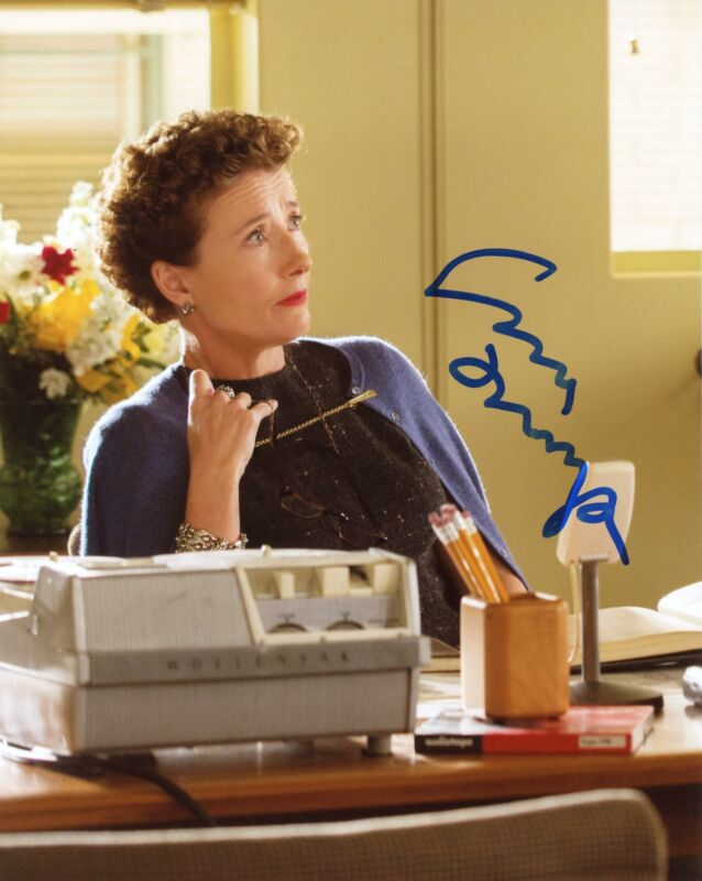 "Emma Thompson ""Saving Mr. Banks"" AUTOGRAPH Signed 8x10 Photo ACOA"