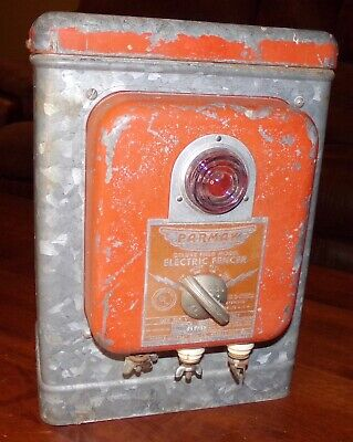 Vintage Industrial Parmak Deluxe Field Model A-df Electric Fencer.