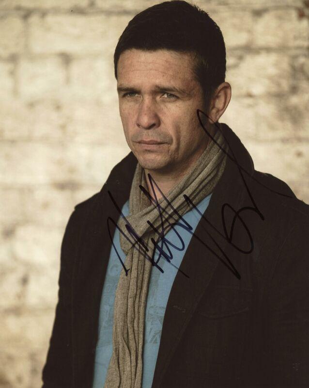 "Matt Nable ""Arrow"" AUTOGRAPH Signed 8x10 Photo C ACOA"