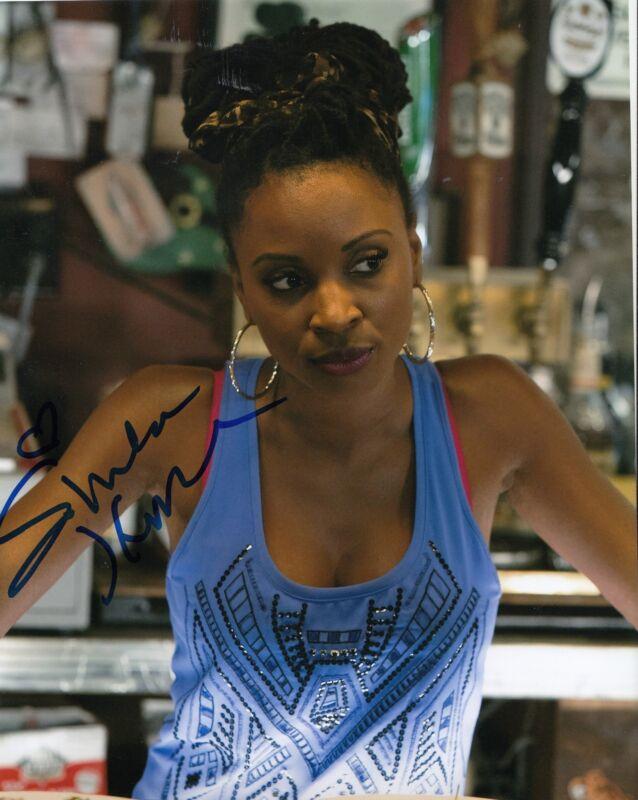 SHANOLA HAMPTON signed *SHAMELESS* 8X10 photo V VERONICA FISHER (PROOF) W/COA #1