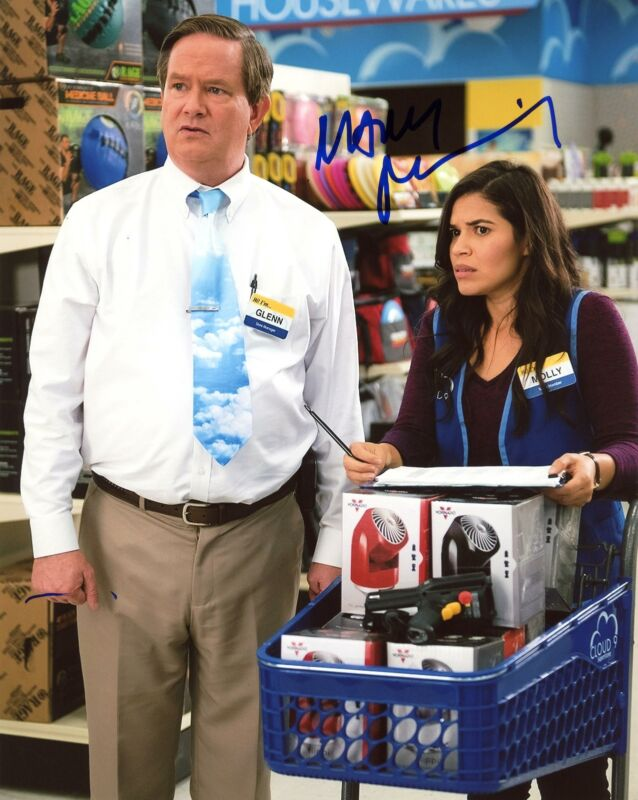 "Mark McKinney ""Superstore"" AUTOGRAPH Signed 8x10 Photo C ACOA"