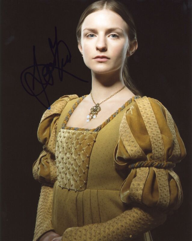 """Faye Marsay """"The White Queen"""" AUTOGRAPH Signed 8x10 Photo C ACOA"""