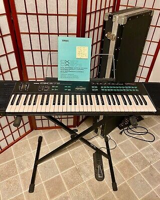 Vintage 1985 Yamaha DX27s Synth Good Condition - w/stand, hard case & manual