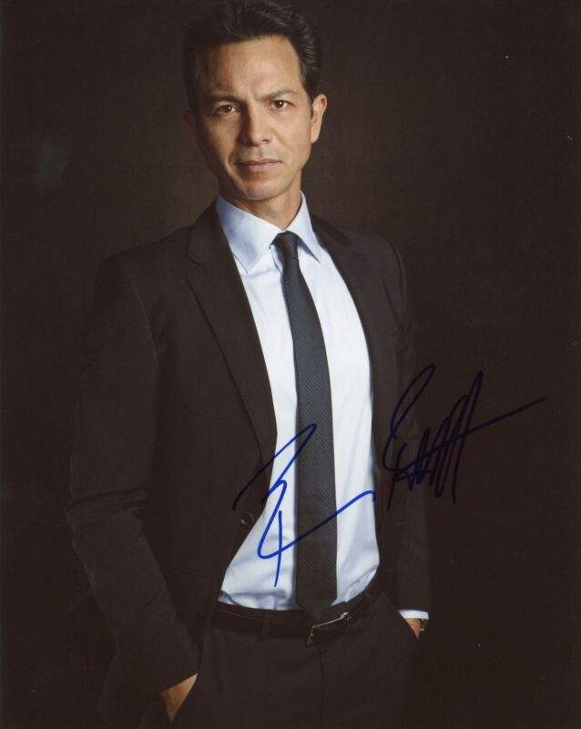 "Benjamin Bratt ""Law & Order"" AUTOGRAPH Signed 8x10 Photo C ACOA"