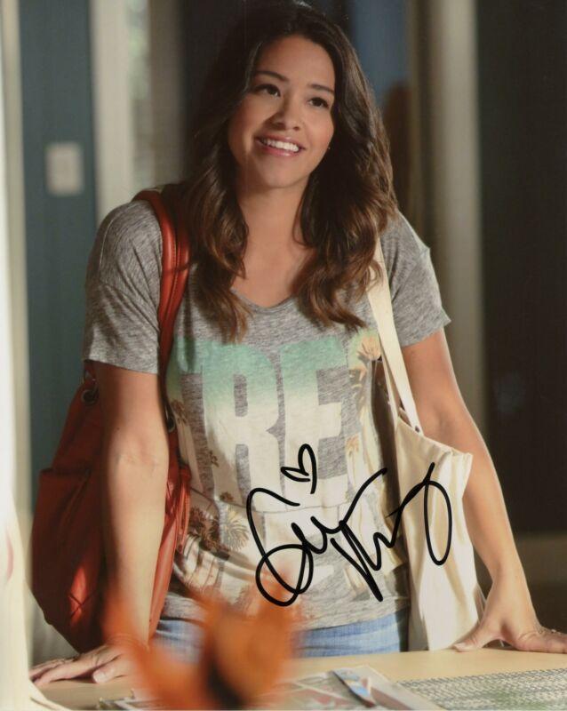 "Gina Rodriguez ""Jane the Virgin"" AUTOGRAPH Signed 8x10 Photo B ACOA"