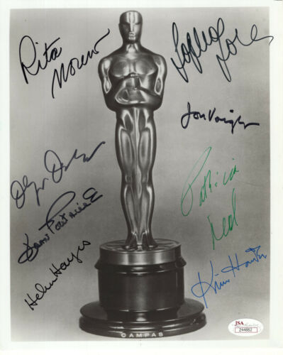OSCAR STATUE HAND SIGNED 8x10 PHOTO    SIGNED BY 8     HELEN HAYES    JSA LETTER