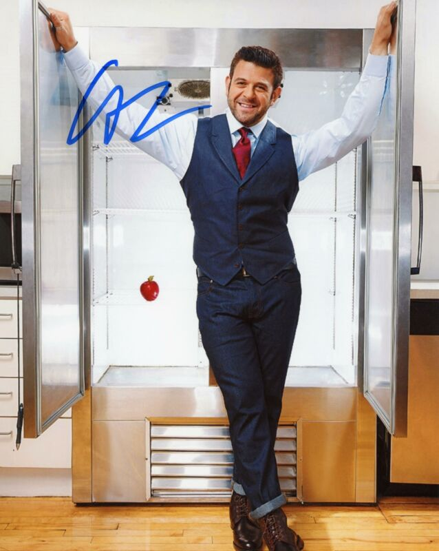 "Adam Richman ""Man v. Food"" AUTOGRAPH Signed 8x10 Photo B"