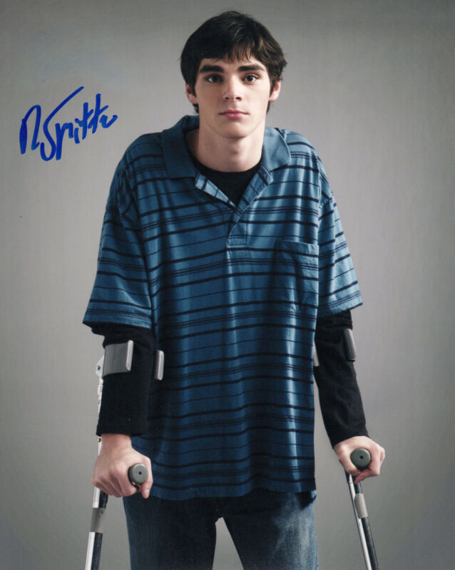GFA Breaking Bad Walter White Jr. * R.J. MITTE * Signed 8x10 Photo EJ1 COA