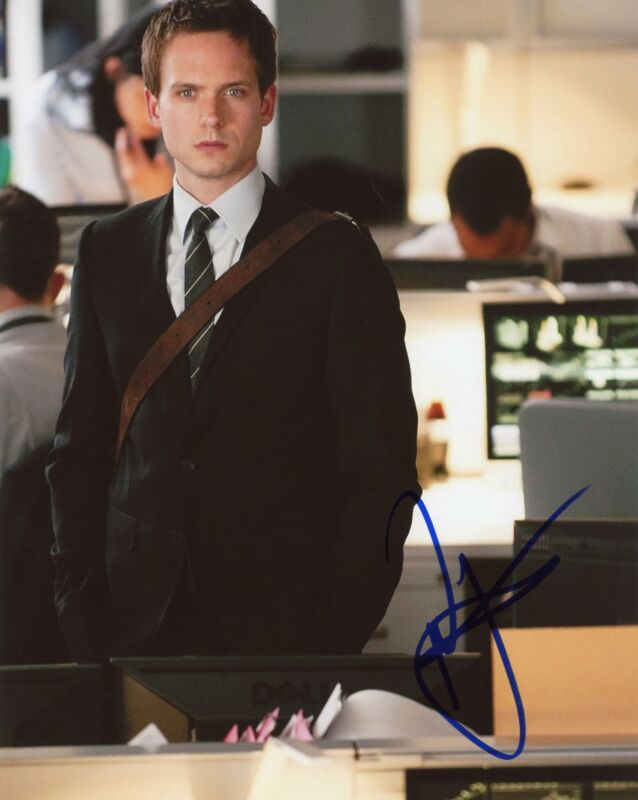 "Patrick J. Adams ""Suits"" AUTOGRAPH Signed 8x10 Photo"