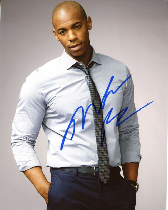 "Mehcad Brooks ""Supergirl"" AUTOGRAPH Signed 8x10 Photo B"