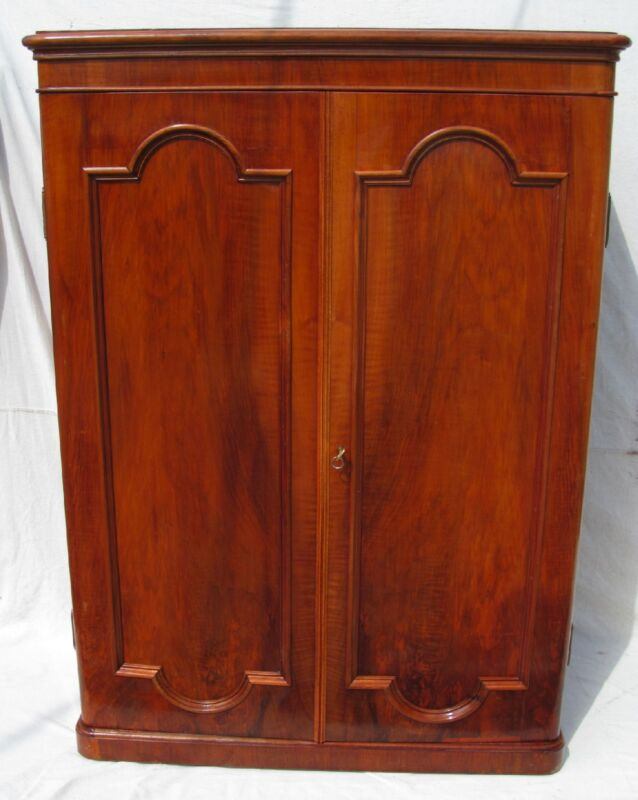 19TH C ANTIQUE VICTORIAN ROSEWOOD OVER SOLID YEW WOOD GENTLEMAN