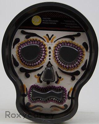 Wilton Halloween Sugar Skull Tube Cake Pan 2105-7792 - Halloween Skull Cake Pan
