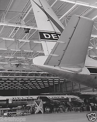 DELTA AIR LINES - VINTAGE AIRCRAFT TAIL PHOTO IN HANGAR - BLACK & WHITE 8 X 10
