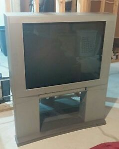 Toshiba 36 inch Flat CRT TV with matching Swivel Stand