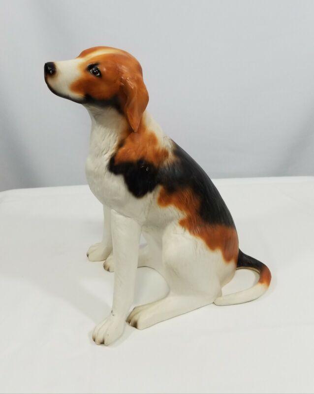 Vintage Collectible Porcelain/Ceramic Beagle Dog Figurine #834