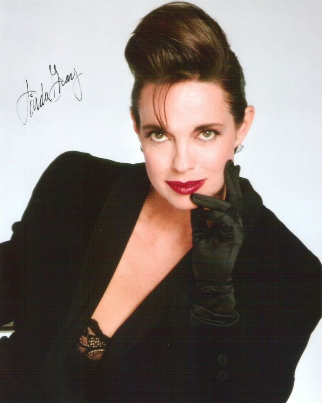Linda Gray / DALLAS - Autograph Hand Signed 8 x 10 Photo Picture AUTO /  COA