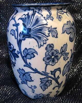 Keeling & Co Ltd Losol Ware Jacobean Vase Blue & White approx 5¼ ins vintage