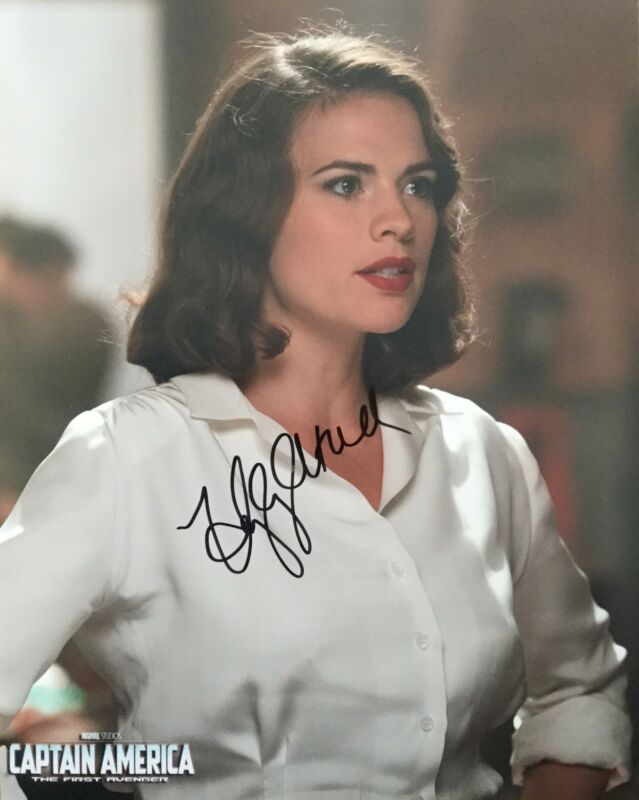 Hayley Atwell signed 10x8 Image D  photo (UACC approved dealer COA)