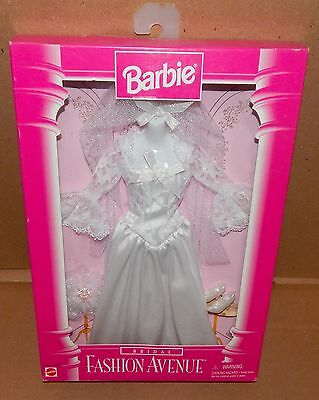 Barbie Fashion Avenue Bridal Clothes 1996 NIB 15897 Wedding Dress Mattel 74Z