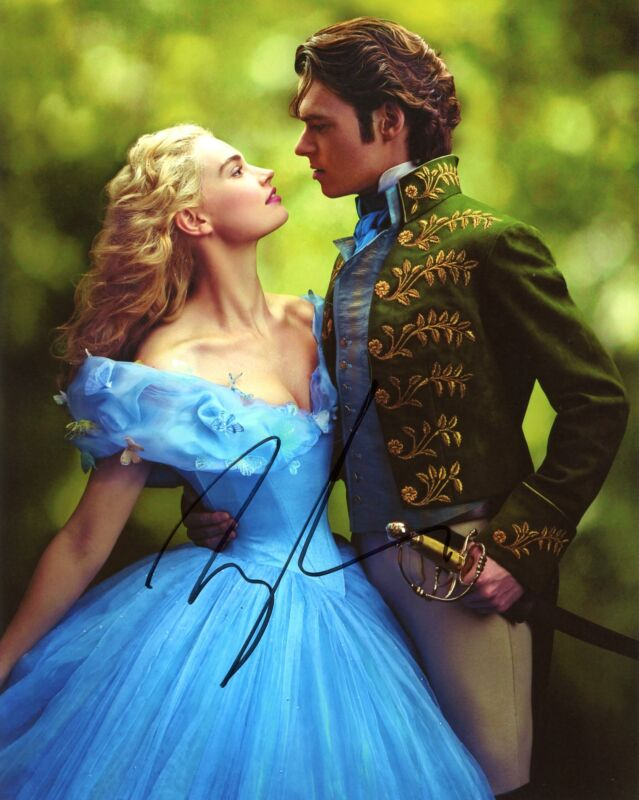 "Lily James ""Cinderella"" AUTOGRAPH Signed 8x10 Photo G ACOA"