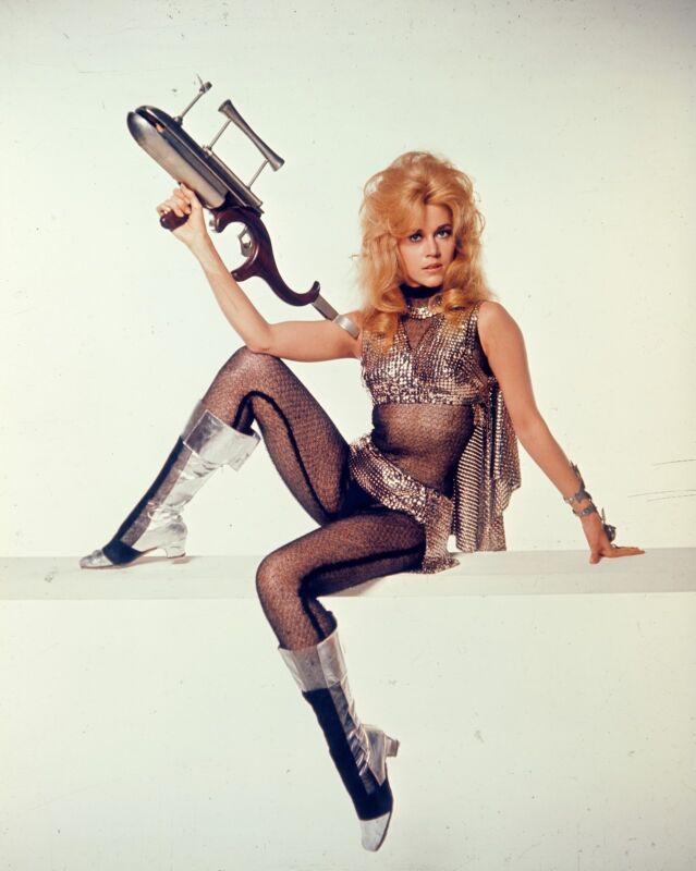 Jane Fonda Posing With The Sexy Pistol 8x10 Photo Print