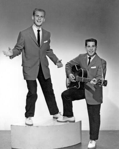 Simon & Garfunkel -  MUSIC PHOTO #26