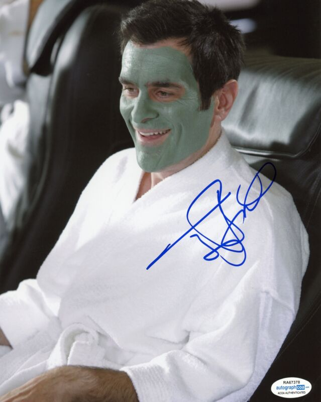 "Ty Burrell ""Modern Family"" AUTOGRAPH Signed 8x10 Photo B ACOA"