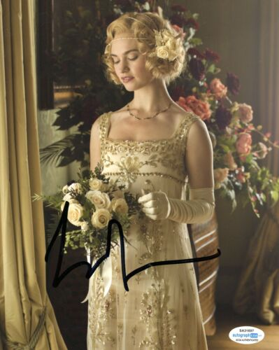 Lily James Downton Abbey Signed Autographed Signed 8x10 Photo ACOA 2020-19