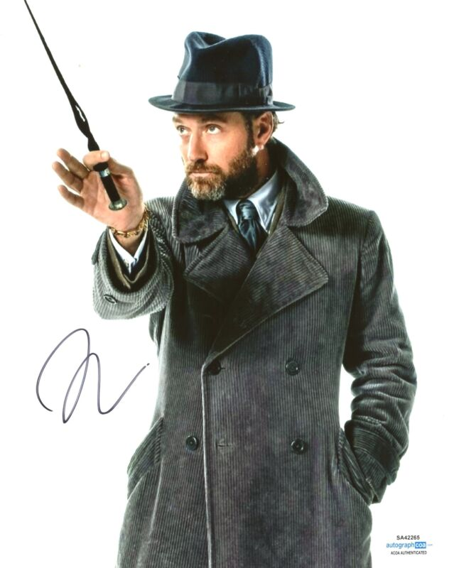 Jude Law SIGNED Fantastic Beasts Photo Genuine Signature AFTAL ACOA TPA (7435)