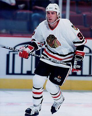 - Bernie Nicholls Chicago Blackhawks Licensed Unsigned Glossy 8x10 Photo NHL (C)