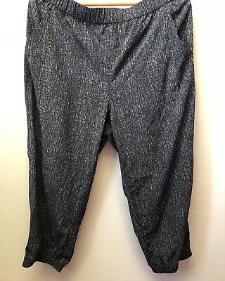 New Style & Co Women's XL Black White Relaxed Fit Poly Blend Joggers Capri $49 Fit Poly Capri