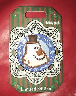 NEW Disneyland Christmas Pin Snow Car Gingerbread Season's Eatings 2017 LE 3000 ()